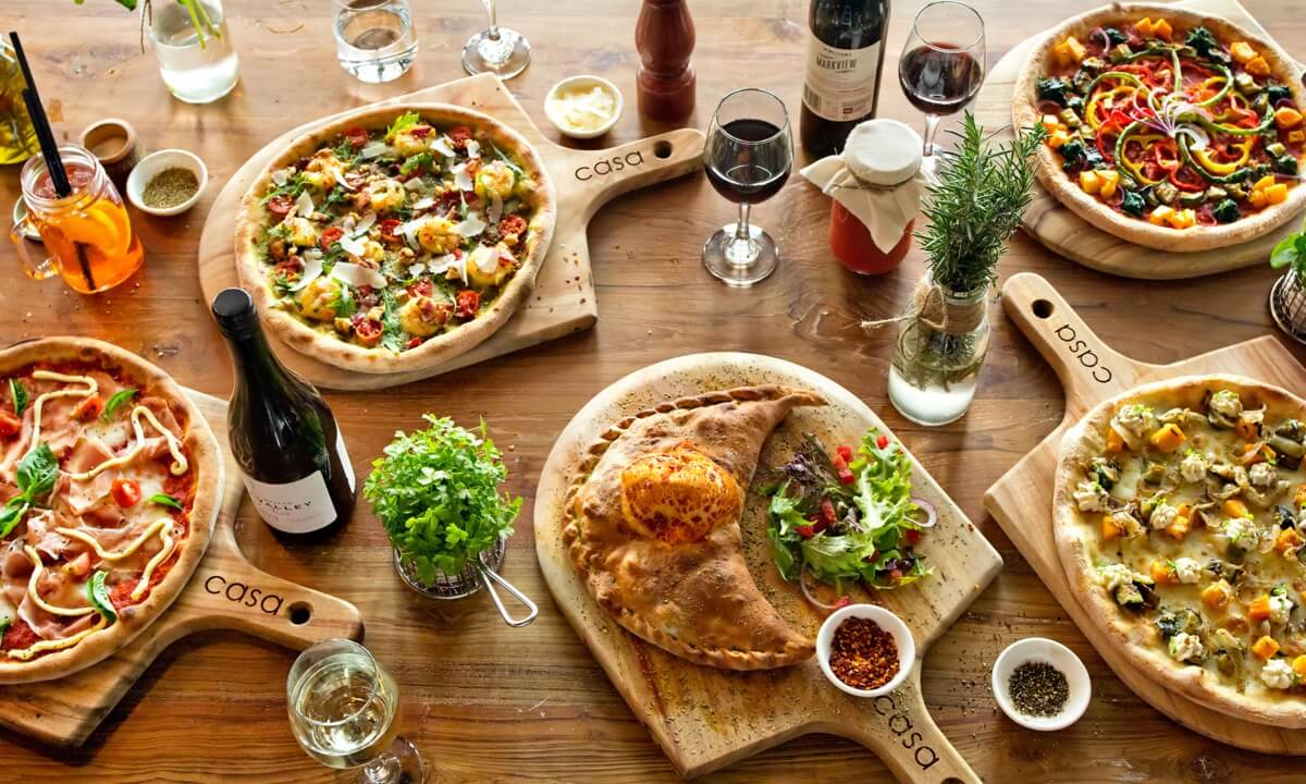 Casa's Mains Menu - Wood Fired Pizzas