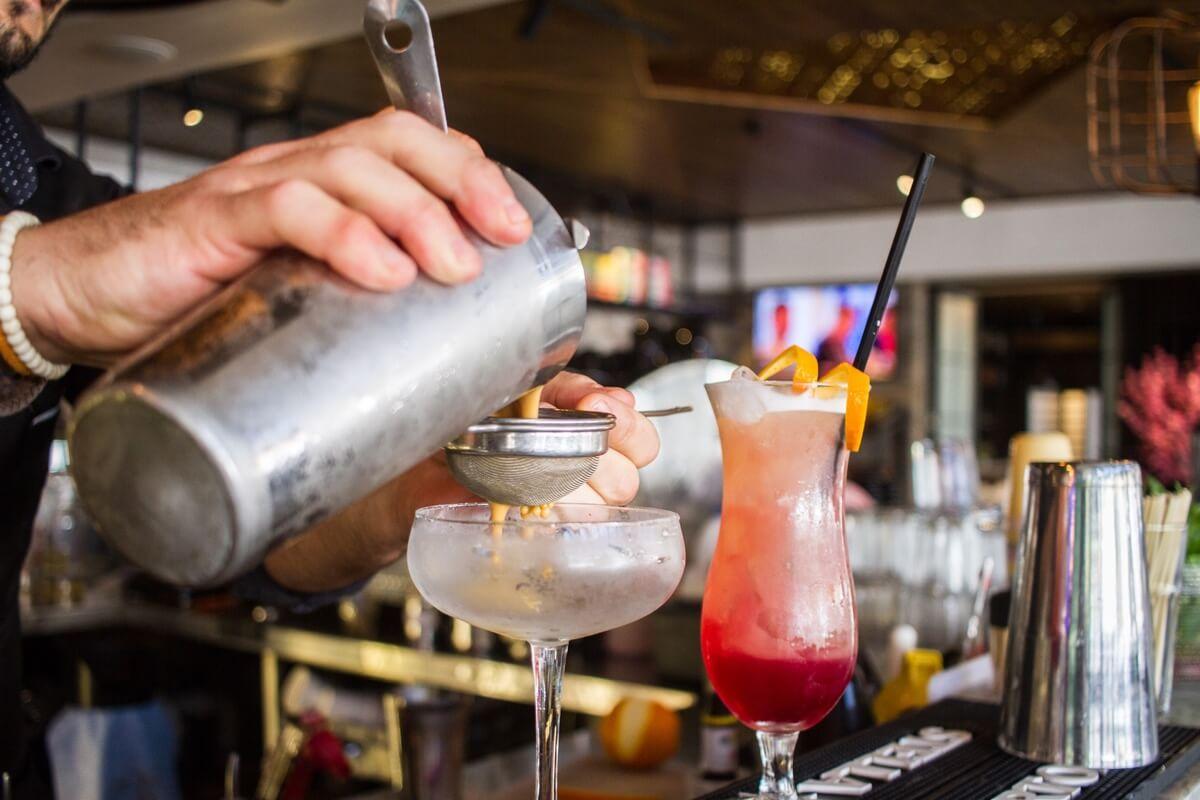 Alcoholic Beverages & Drinks Menu - Casa's Cocktail List