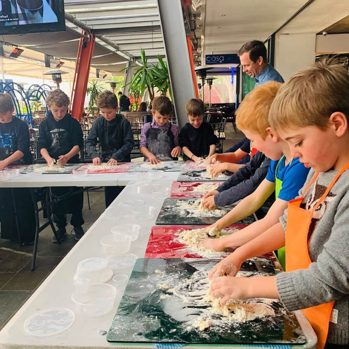 Kids Pizza Making Party. Watch them have so much fun